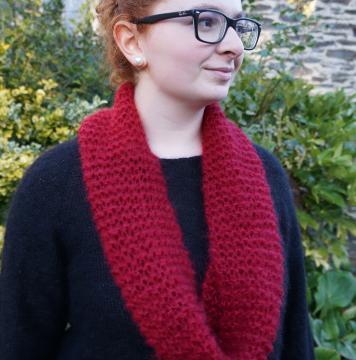 snood écharpe tricotée point mousse