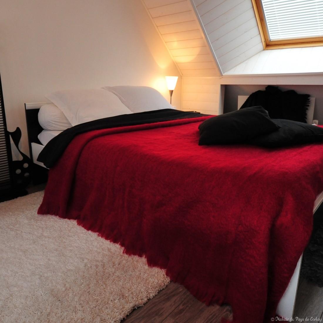 couverture mohair tr s grand lit 2 personnes. Black Bedroom Furniture Sets. Home Design Ideas