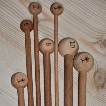 Jeu de 2 aiguilles bois de hêtre du Jura