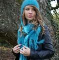 Bonnet péruvien assorti avec une écharpe tricotée main