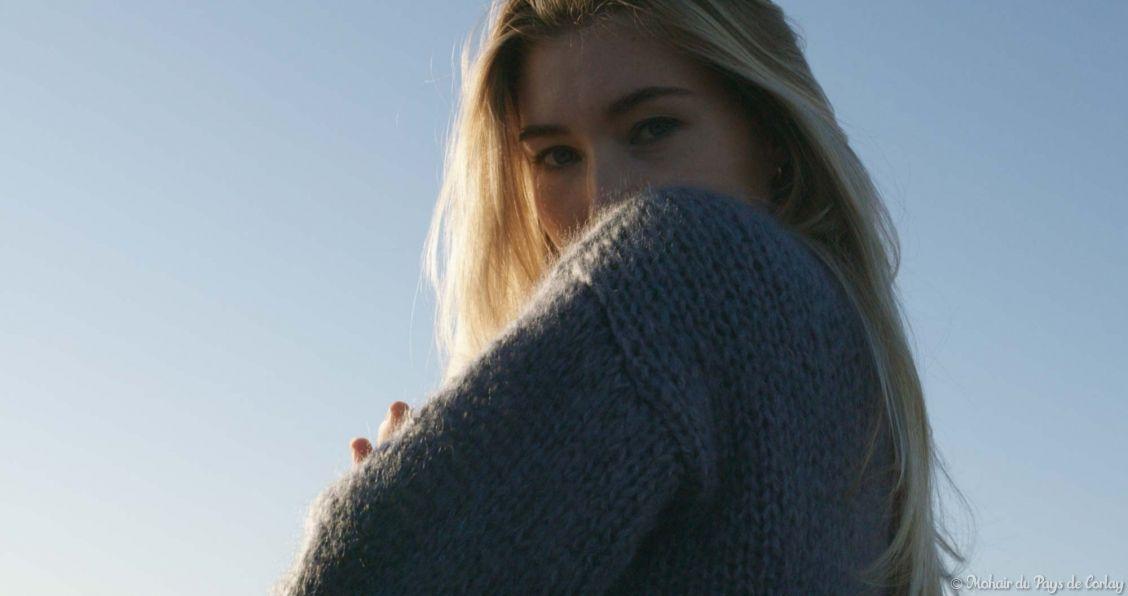 Veste gris silex tricotée main Mohair du Pays de Corlay